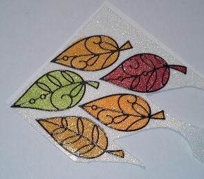 Leaves on glitter